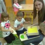 Zabawy z wolontariuszkami (1)