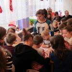 Zabawy z wolontariuszkami (10)