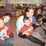 Zabawy z wolontariuszkami (4)