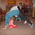 Zabawy z wolontariuszkami (9)