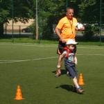 Zabawy sportowe na Orliku (3)
