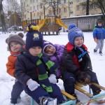 Zabawy na śniegu (1)