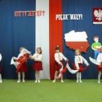 Święto Flagi - uroxzystość w przedszkolu (3)