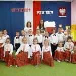 Święto Flagi - uroxzystość w przedszkolu (6)