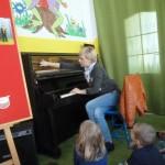 Zapoznanie z pianinem (1)