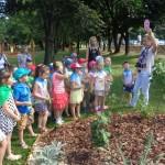 Zwiedzanie ścieżki edukacyjnej w PM 4 (6)