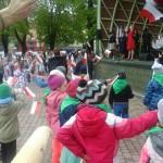 Święto Flagi i Tańców Narodowych na rynku dębickim (2)